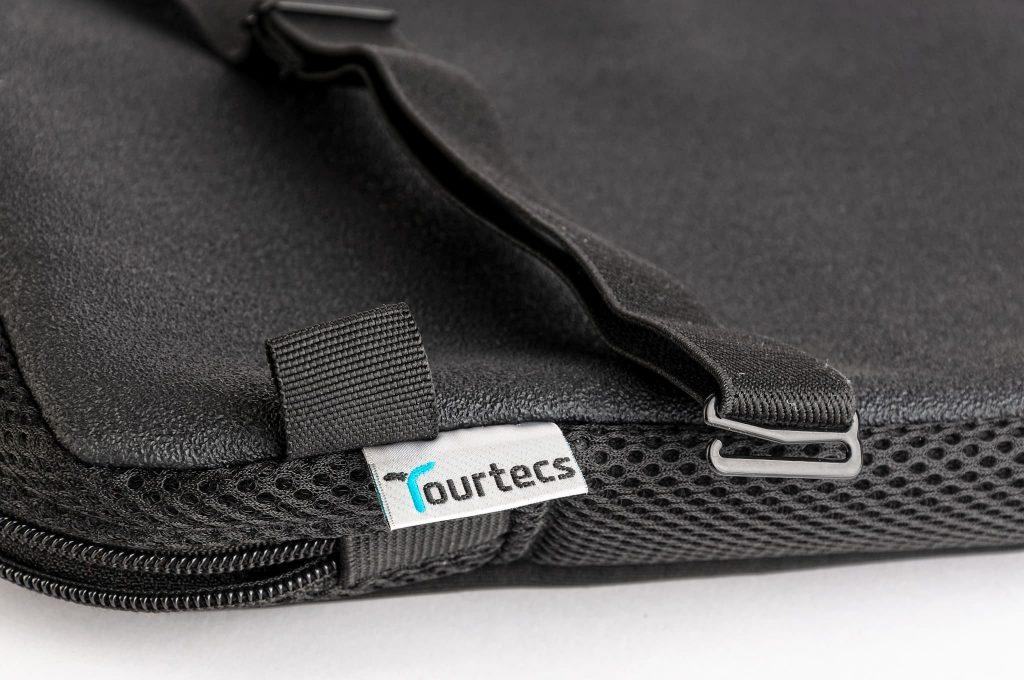 Rutschfeste Unterseite des Tourtecs Komfort-Sitzkissens..