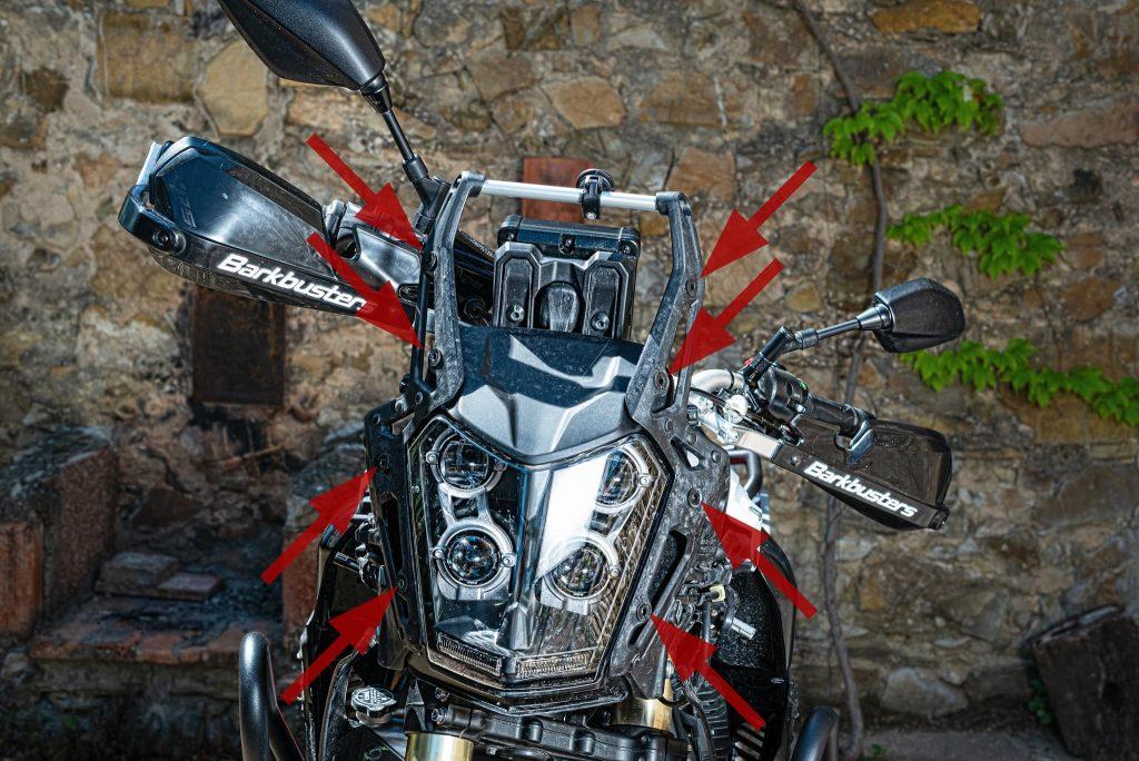 Befestigungspunkte der Frontverkleidung von der Yamaha Tenere 700.