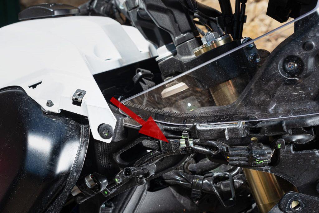 Zweipoliger Nebenverbraucheranschluss der Yamaha Tenere.