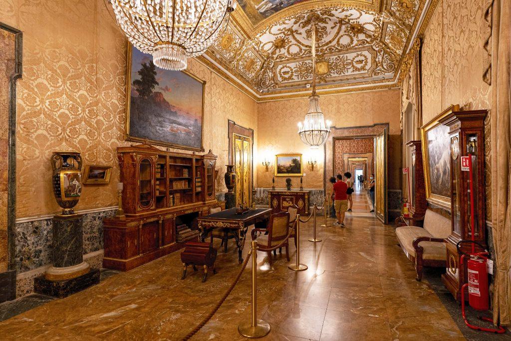 Raum 8: Joachim Murats Büro.